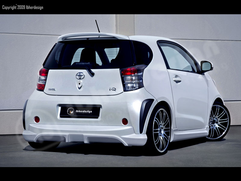 toyota-iq-party-by-ibherdesign
