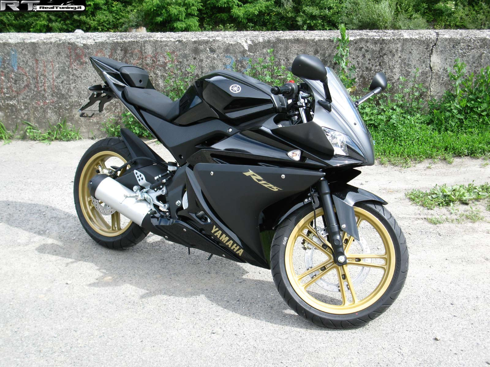 yamaha r125 di plozza tuning foto 1 realtuning it. Black Bedroom Furniture Sets. Home Design Ideas
